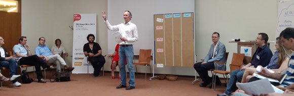 "Organisator Michael Lausegger beim ""Session Marktplatz"""